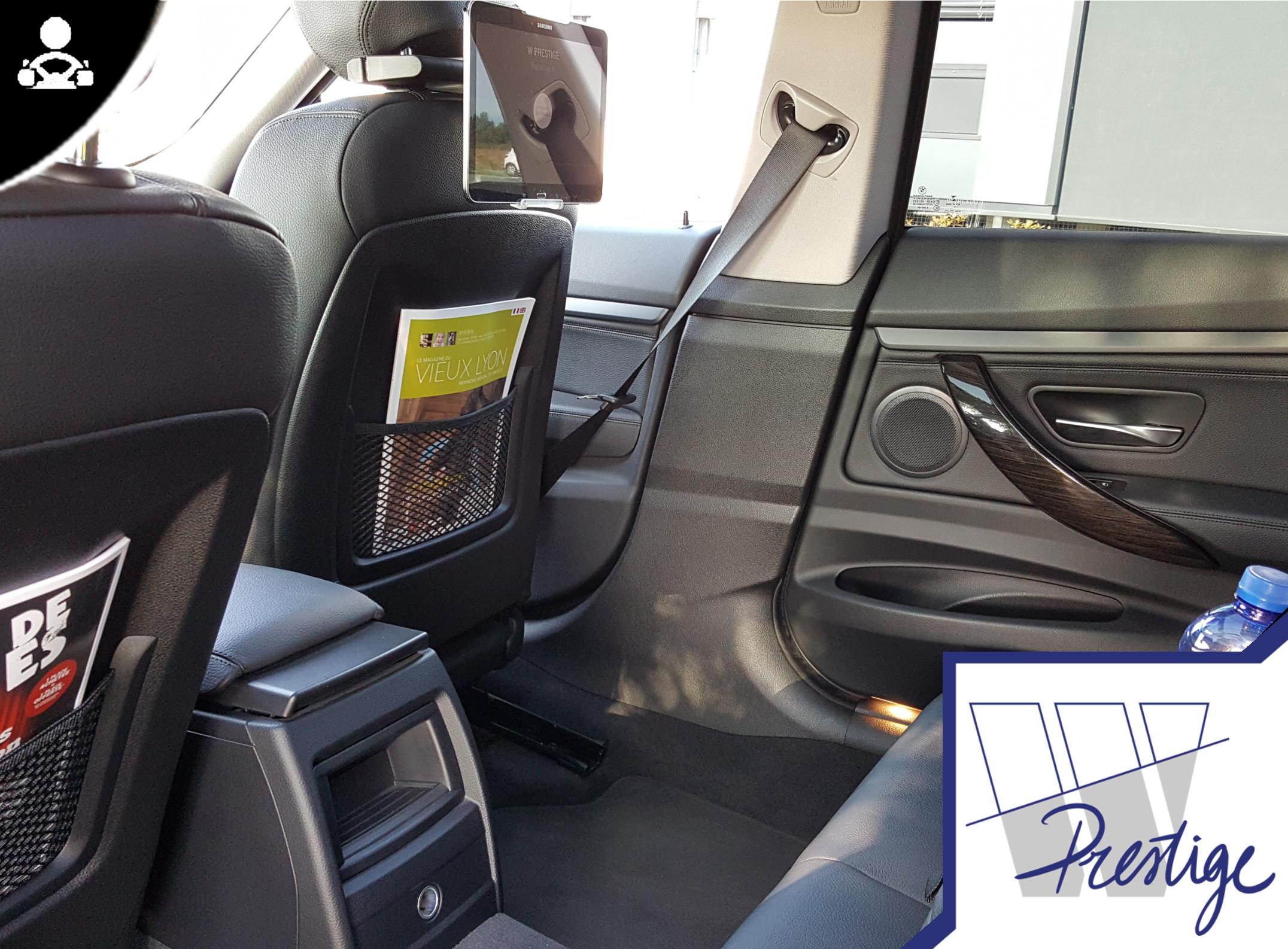 Raisons d'engager un chauffeur avec une voiture - à Lyon
